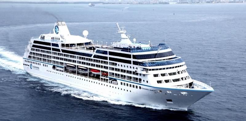 Azamara Quest auf See / © Azamara Club Cruises - Royal