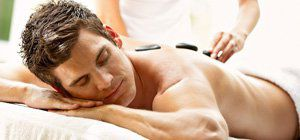 Hot Stone Massage / © AIDA Cruises