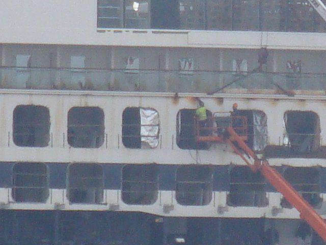 Bilder: Mein Schiff 2 mitten im Umbau in der Lloyd Werft Bremerhaven