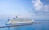 Video: Gäste kommen zu spät zur Oasis of the Seas – Peinlicher Empfang!