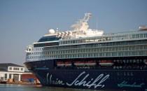 Bildergalerie: 39 Bilder der fertiggestellten Mein Schiff 2 in Bremerhaven