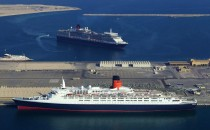 Queen Elizabeth II wird Hotelschiff in Asien
