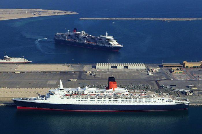 Queen Elizabeth und Queen Elizabeth 2 im Hafen von Dubai / © Cunard Line