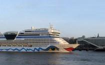 AIDAsol verlässt Werft und startet verspätet auf letzte Westeuropa-Tour