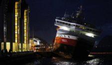 """Hurtigruten: """"Nordlys"""" droht zu sinken nach Brand"""