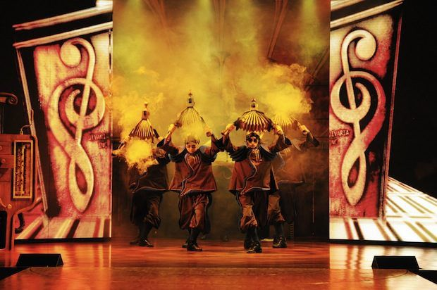 Divaria Show auf AIDAdiva / © AIDA Cruises