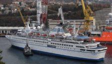 MS Delphin geht von Ende Oktober bis Mitte Dezember 2013 in die Werft