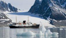 "Hurtigruten: ""Das arktische Frühlingserwachen"" (""The Arctic Awakening"")"
