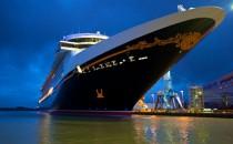 Disney Fantasy: Nachtbilder vor der Meyer Werft