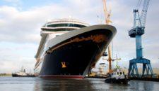 Disney Fantasy Ausdocken aus der Meyer Werft