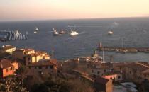 Costa Concordia droht auseinanderzubreche: Smit pumpt Öl ab