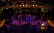 """Mein Schiff 1: Auslaufsong """"Große Freiheit"""" live gesungen"""
