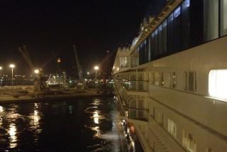 Mein Schiff 1 beim Ablegen in Casablanca
