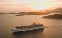 Carnival Legend: Familie produziert Massenschlägerei und fliegt von Bord