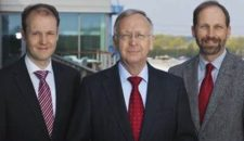 Bernard Meyer holt seinen Nachfolger Dr. Jan Meyer in die Geschäftsführung