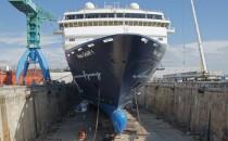Mein Schiff 1 im Trockendock in Marseille (Chantier Naval)