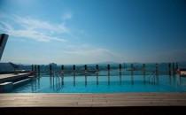 MSC Divina: Der Infinity-Pool am Heck mit bestem Meerblick (Bilder)