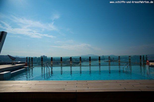 Infinity Pool auf der MSC Divina