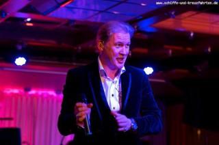 Johnny Logan gibt ein Konzert auf der MS Europa