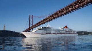 MS Europa in Lissabon / © Hapag-Lloyd Cruises