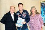 Michael Wendler mit Fans an Bord von MS Artania 12