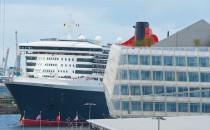 Blohm und Voss repariert Queen Mary 2 im Mai 2016