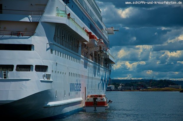 AIDAcara - Rettungsboote werden gewartet