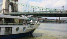 Matrose der MS Belvedere von Transocean stirbt bei Anlegemanöver in Wien