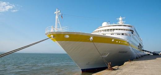MS Hamburg in Lissabon