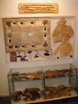 Museum - Kindercapes, hergestellt aus Seehundinnereien