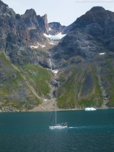 Segelboot im Prins-Christian-Sund