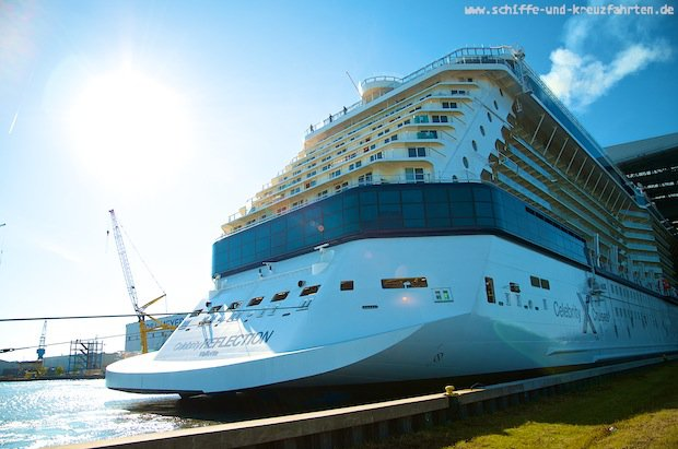 Celebrity Reflection - Ausdocken Meyer Werft