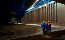 Meyer Werft: Mitarbeiter stirbt nach Unfall bei Lackierarbeiten