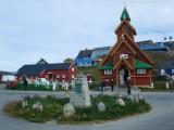 Paamiut Kirche und alter Friedhof