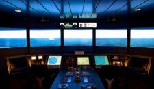AIDA Schiffsimulator in Rostock (CSMART): Die Brücke von AIDAblu