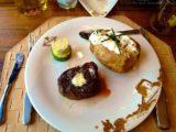 Buffalo Steakhouse - Filet Mignon mit Sour Cream Kartoffel