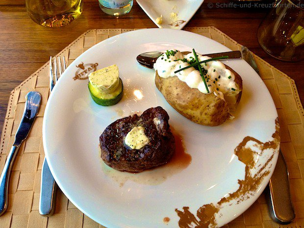 Buffalo Steakhouse - Filet Mignon mit Sour Cream Kartoffel