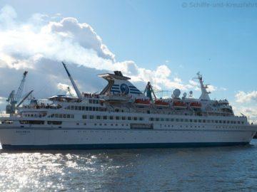 MS Delphin letzter Deutschlandbesuch in Hamburg