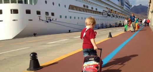 AIDAsol im Hafen von Teneriffa