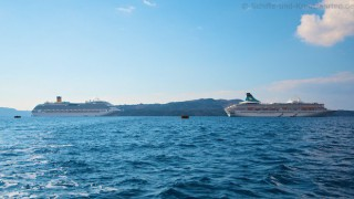 MS Artania und Costa Fascinosa vor Santorini im November 2012 1