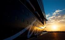 Video: Nachtschicht auf der Mein Schiff