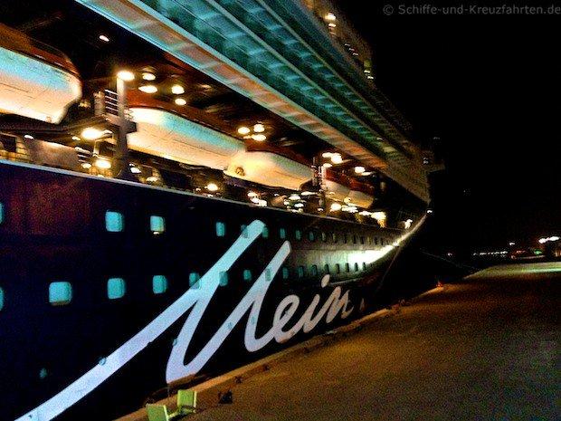 Mein Schiff 2 in Dubai