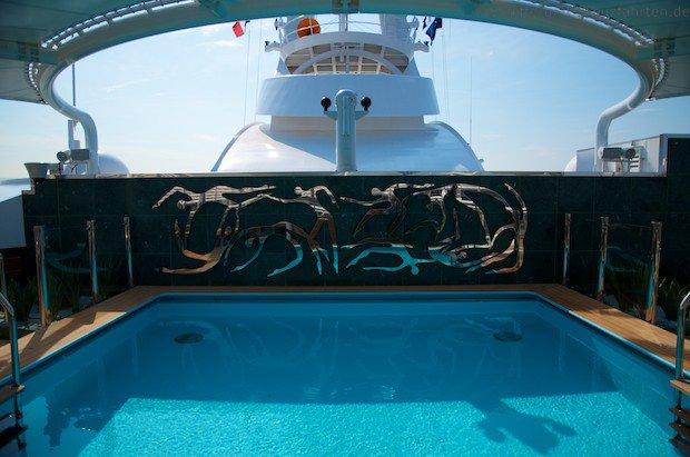Pool MSC Divina - Deck 18