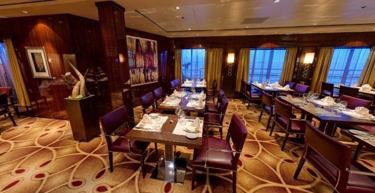 Mein Schiff 2 Surf & Turf Steakhouse © TUI Cruises