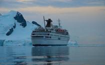 Schiffsjournal Falschmeldung: MS Delphin nicht auf dem Weg zum verschrotten