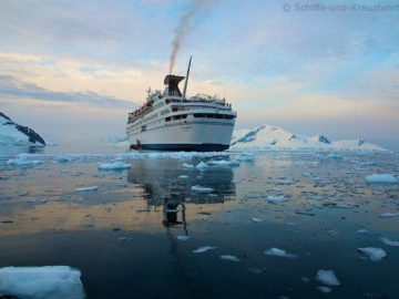 Paradise Bay - MS Delphin