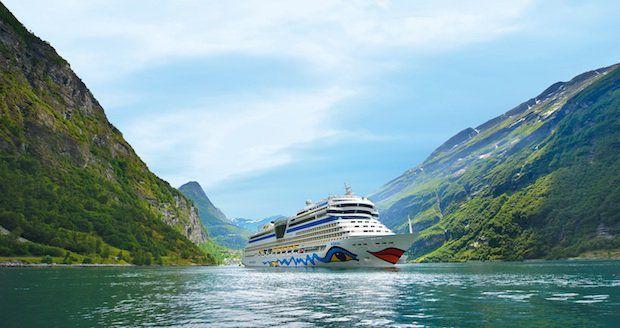 AidaBlu im Geiranger Fjord / © AIDA Cruises