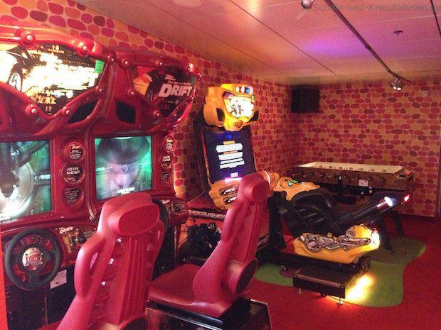 HYPE Jugendtreff auf AIDAdiva - Spielautomaten