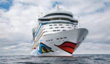 AIDAbella kommt ins Dock der Lloyd Werft nach Bremerhaven