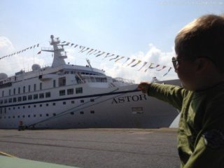 MS Astor in Bremerhaven